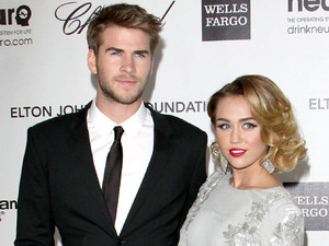 Miley Cyrus and Liam Hemsworth: young and engaged