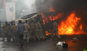 2 Dead, 16 Injured In Mumbai As Anti-Assam Riot Protest Turns Ugly