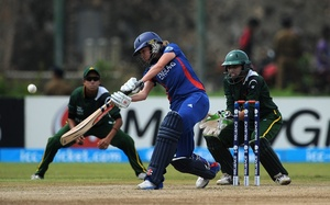 Women's World Twenty20: England Beat Pakistan In Opener