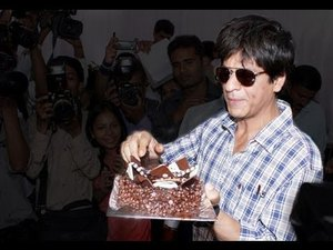Shahrukh Khan's 47 Birthday - Happy Birthday To King Khan!