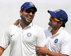 Yuvraj, Harbhajan back for England Tests; Raina dropped!