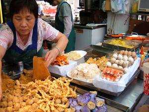 Top 10 Street-Food Cities Around the World. Agree?