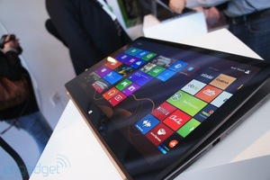 Acer's Aspire R7 Redefines Touch Laptops with 'Floating Display'